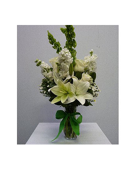 Medium Garden vase in all white Flower Arrangement