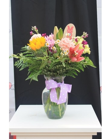 Mom's Special Day Bouquet Flower Arrangement