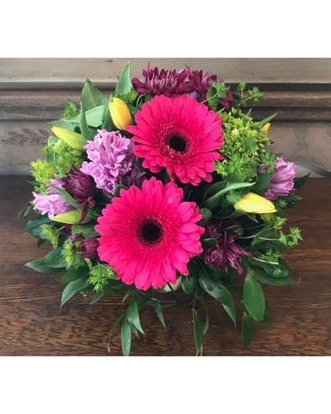 The Shoppe's Springtime Sentiments Flower Arrangement