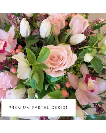 Premium Pastel Design Flower Arrangement