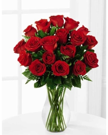 18 Premium Red Roses Flower Arrangement