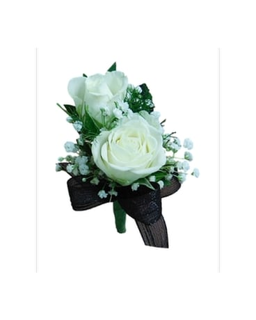 The Deluxe Spray Rose Boutonniere