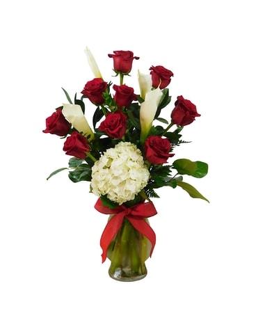 Red Romance Flower Arrangement ...