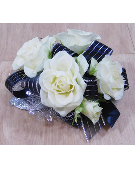 Classique Black and Silver Flower Arrangement