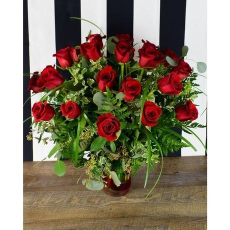 Bed Of Roses 2 Dozen Vase In Jonesboro Ar Posey Peddler
