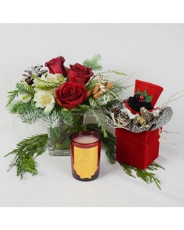 Christmas Blooms & Sleigh Candle Jar Candle
