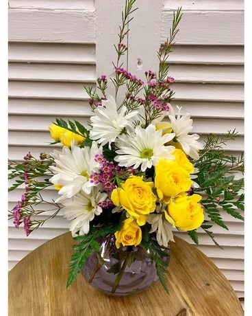 Rosie Posie Flower Arrangement