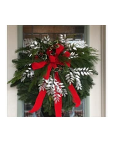 GeNell's Original Classic Fresh Christmas Wreath