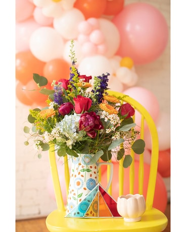 Trendsetter Gift Set Flower Arrangement