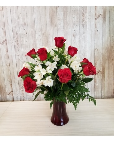 My love long stems roses Flower Arrangement