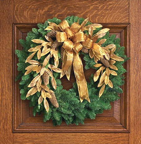 Christmas Wreath with Gold Accents