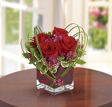 Red Roses in Glass Cube