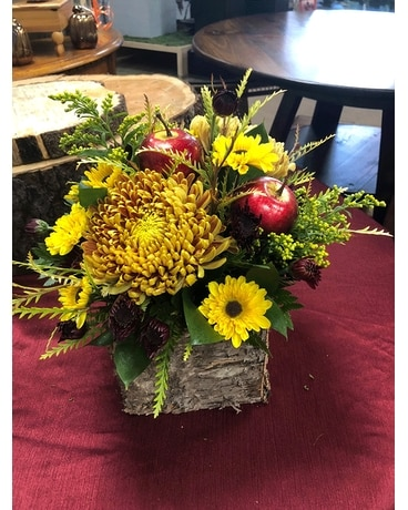 Apple Pickin' Time Flower Arrangement