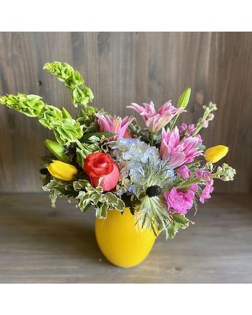 Sunshiny Day Flower Arrangement