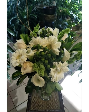 Moorhead Florist Flower Delivery By Country Greenery