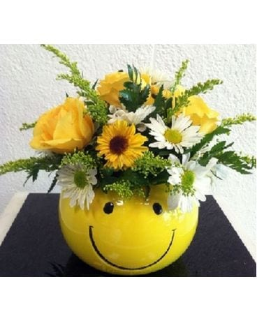 Smile Bouquet Flower Arrangement