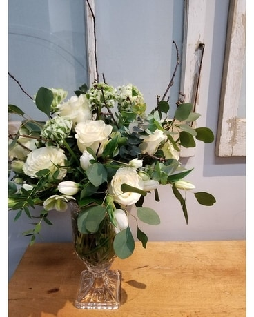 Pure Sophistication Flower Arrangement