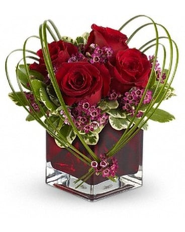 Sweet Thoughts Bouquet with Red Roses (tev13-7v) Flower Arrangement