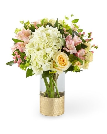 The FTD Simply Gorgeous Bouquet Flower Arrangement
