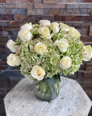 Roses and hydrangeas Flower Arrangement