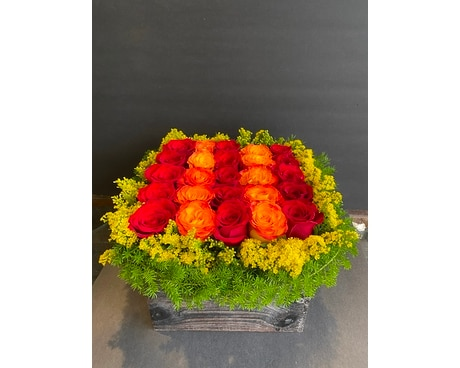 Rose box centerpiece Flower Arrangement