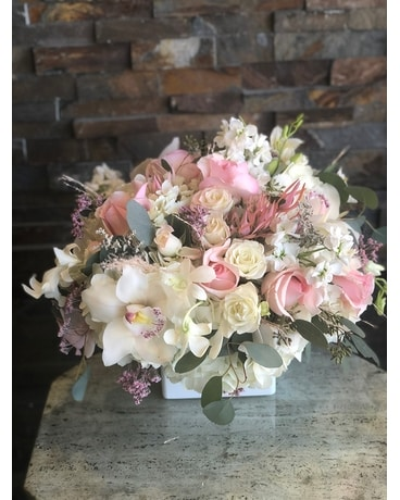 Powder pink Flower Arrangement