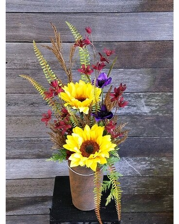 Rustic Splendor Flower Arrangement