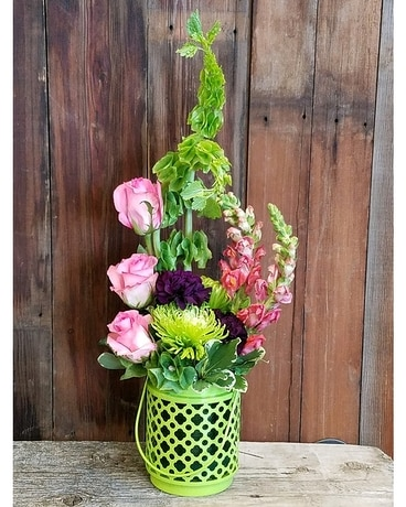 Summer Vibes Flower Arrangement