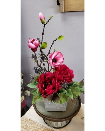 Magnolia Chic Flower Arrangement