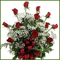 Florist Vienna VA | Delivered by MyFlorist in Vienna, VA, Available in 5 colors, these premium long stem roses are arranged with traditional baby's breath and greens.