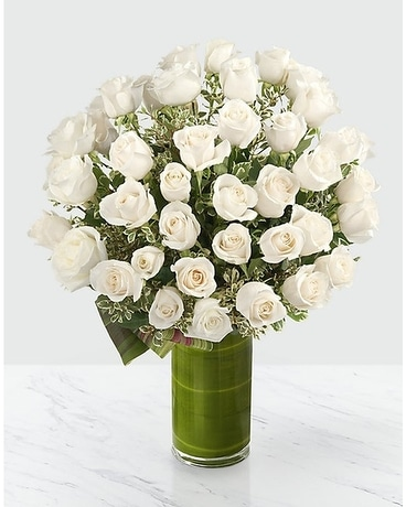 Clarity Luxury Rose Bouquet Flower Arrangement