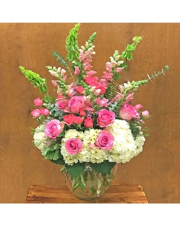 Pink Majesty Flower Arrangement