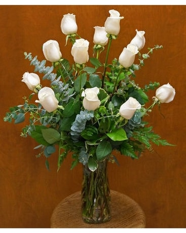 Dozen Creamy White Roses Flower Arrangement