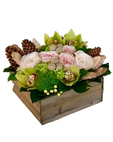 Winter Pulitzer Flower Arrangement