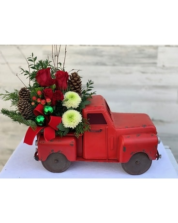 Vintage Holiday Pickup Flower Arrangement