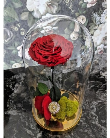 Luxurious Preserved Rose Flower Arrangement