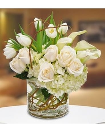 Gordon Bonetti's Classic Whites Flower Arrangement