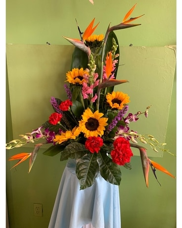 Sunny Paradise Flower Arrangement