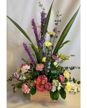 Beautiful Botanist Flower Arrangement