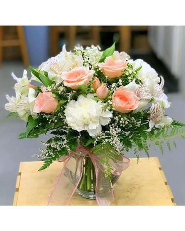 Delicate lace Flower Arrangement