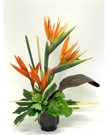 Island Design Flower Arrangement