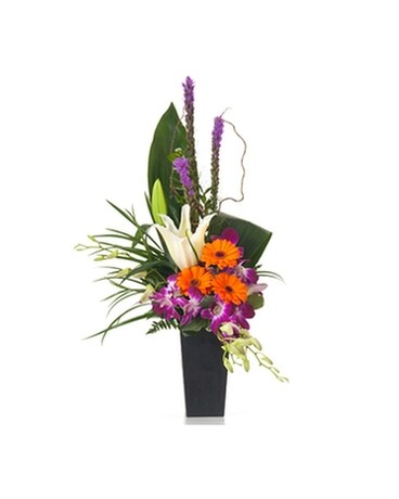 Buds and Blooms Pure Paradise Flower Arrangement