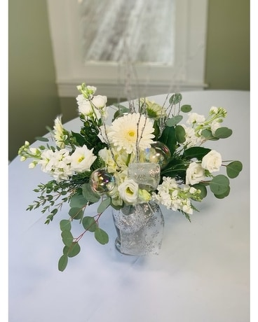 Snowflake Kisses and Warm Winter Wishes Flower Arrangement