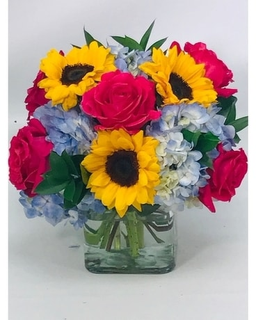 Bright and Sunny Flower Arrangement