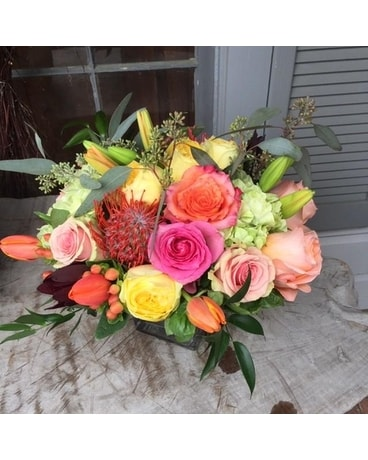 Fall Transitions Flower Arrangement