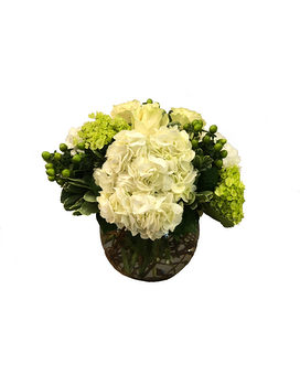 Crisp & Clean Flower Arrangement