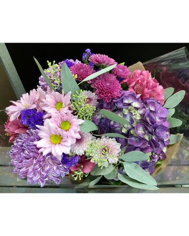 Shop By Flowers Delivery Innisfil On Lavender Floral