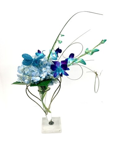 Butterfly Kiss Flower Arrangement