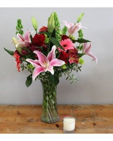 Stargazer Bouquet Flower Arrangement