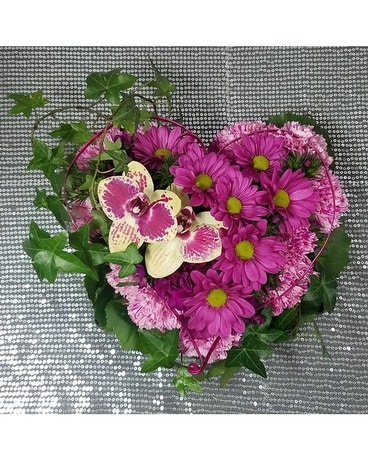 Pave' Heart with Metallic Halo Flower Arrangement